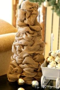 DIY Burlap Christmas Tree